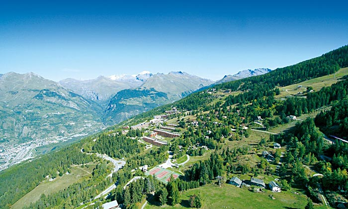 Place la saison d 39 t location ski les arcs for Piscine arc 1800